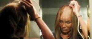 стригут волосы себе5