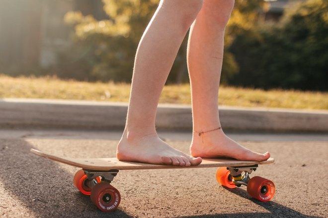 Босиком на скейте