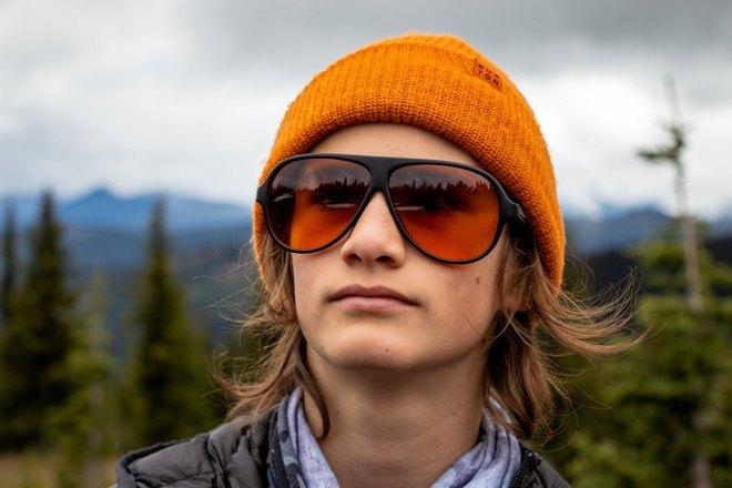 Взгляд сквозь оранжевые очки