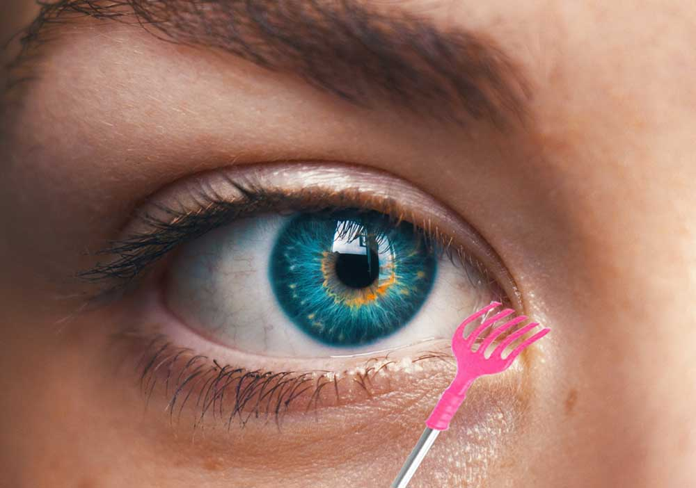 чешется левый глаз 1
