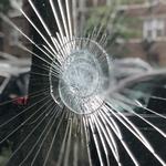 Поврежденное зеркало