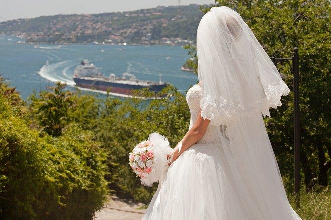 Снится свадьба на побережье