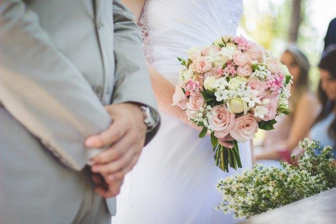 Снится грустная свадьба