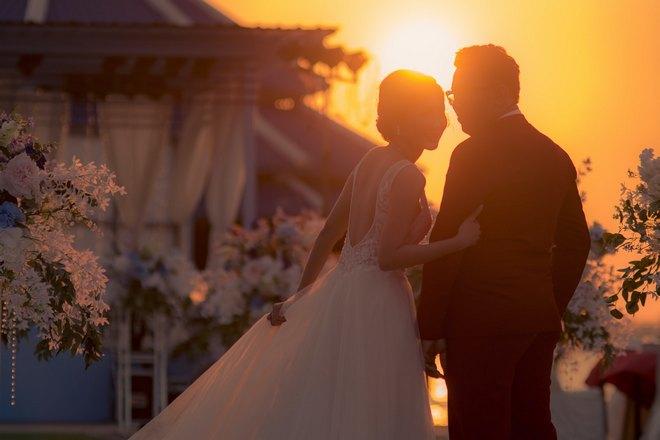 Снится свадьба на закате