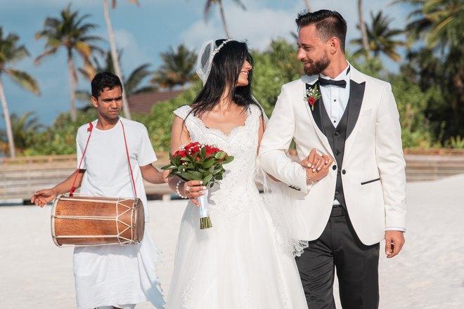 Снится свадьба в солнечную погоду