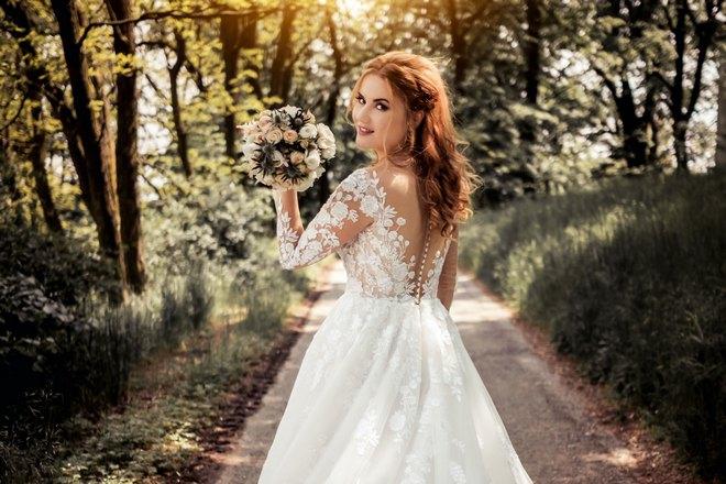 Приснилась невеста в белом платье