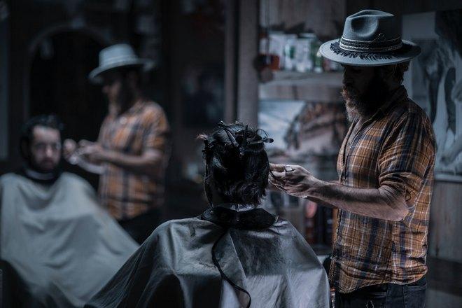 Приснилась стрижка волос