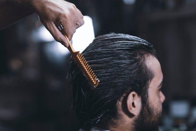 Приснилось расчесывание волос