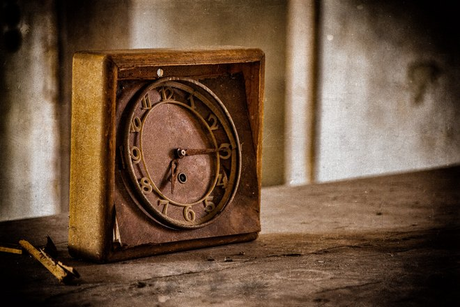 Старинные часы