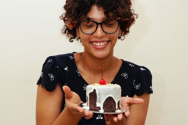Тортик с вишенкой после стрижки