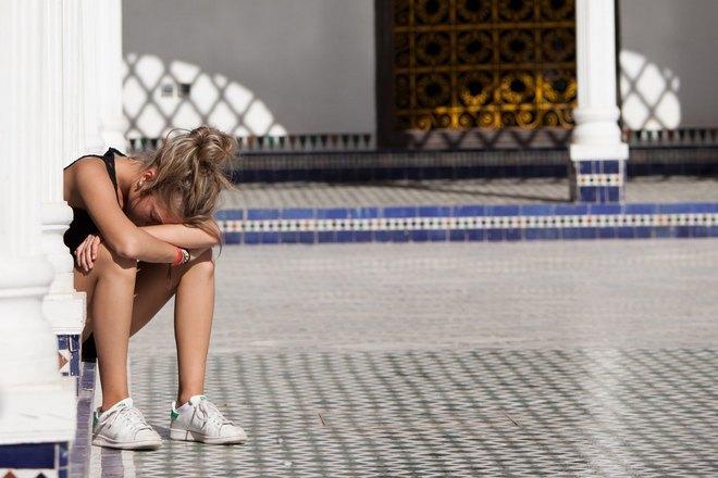 Снится плач возле храма