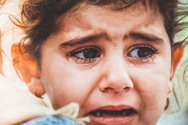 Снится громкий плач