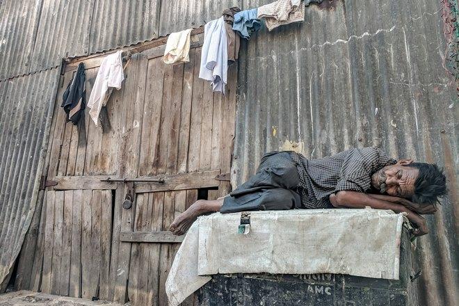 Сон в трущобах