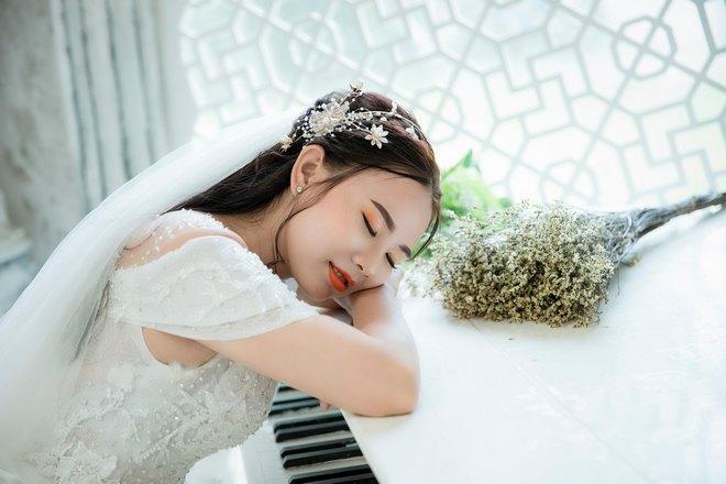 Невеста спит на рояле
