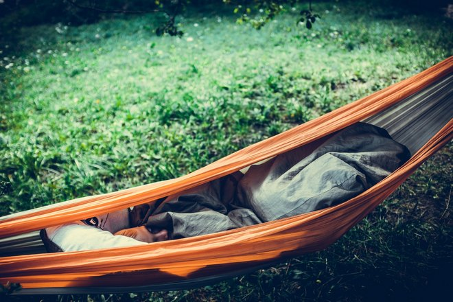 Сон в гамаке