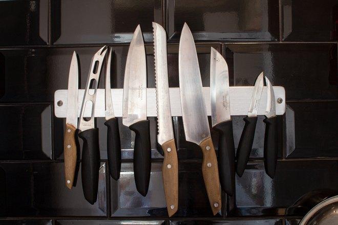 9 ножей