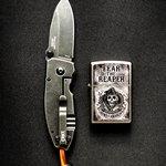 Нож и зажигалка