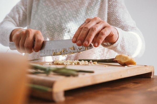 Измельчение продуктов ножом