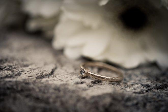 колечко на камне