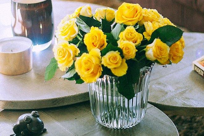 Желтые букет в вазе