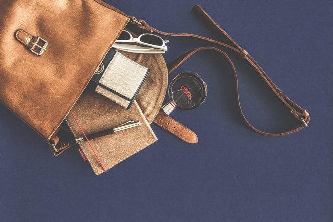Кошелек в сумочке