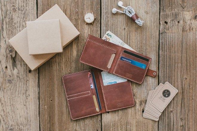 Развернутые бумажники