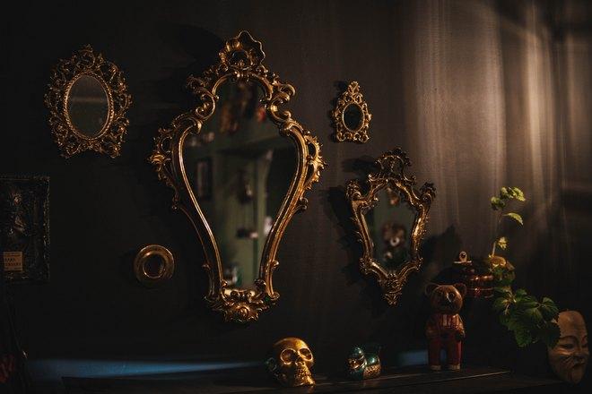 Много разных зеркал