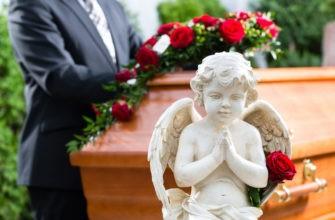 Скульптура ангел и гроб