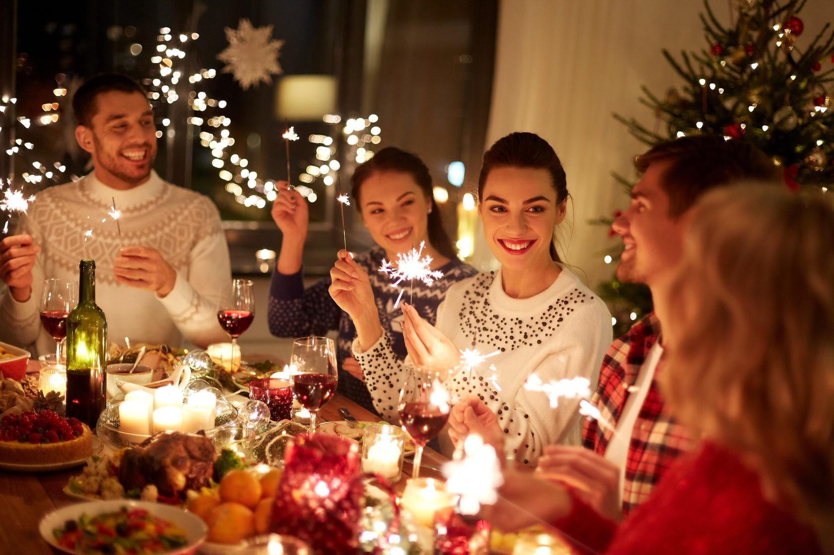 праздничный стол зимой